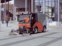 2000城市道路清扫车